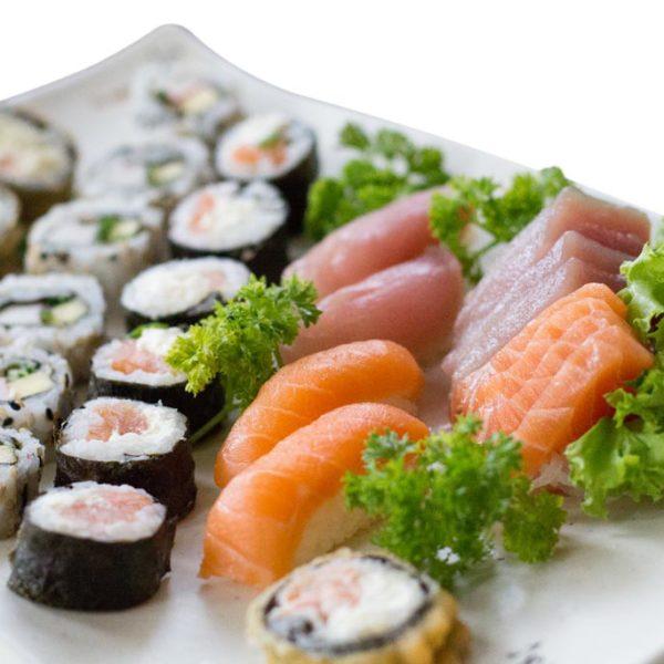 Combo 2 | Delivery de Comida Japonesa Sushi Rão