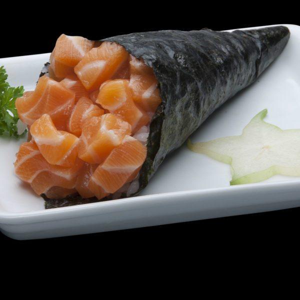 Temaki Salmão Simples | Sushi Rão, Comida Japonesa.